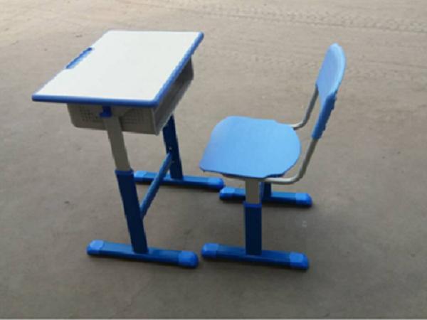 螺丝升降式课桌椅