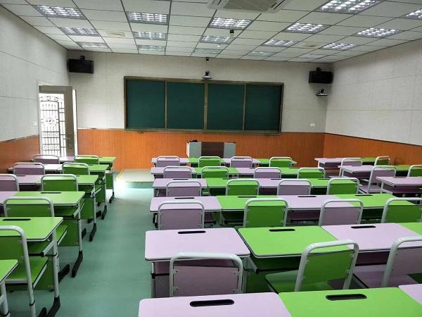 驻马店多媒体教室课桌椅案例