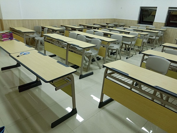 湖南课桌椅案例