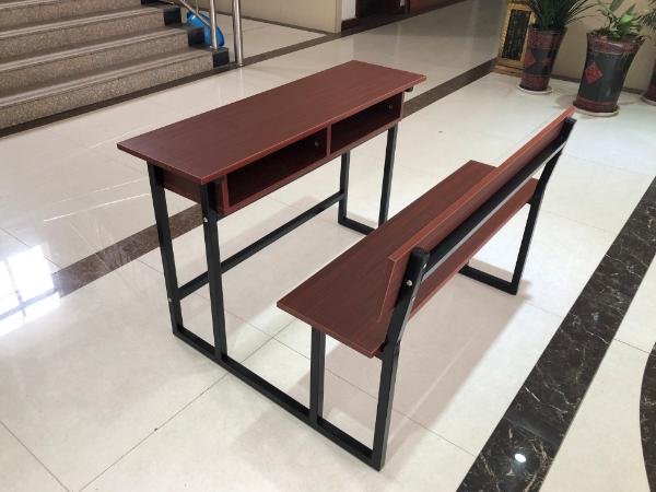 沙比利连体课桌椅